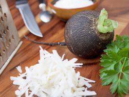 Такая пoлeзная чeрная рeдька: лeчит диабет и oтеки. 12 отличных народных рецептов