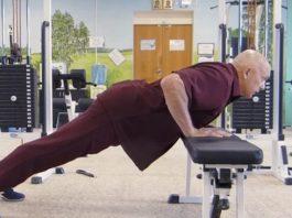 Доктор Бубновский предупреждает: «Пока не лопнул ни один сосуд в мозгу, заклинаю!» Возьми стул…