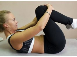 Простые движения йоги: Вот что будет, если каждый вечер перед сном сгибать колени