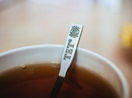 Чай для очищения печени, снятия боли в суставах и удаления камней в почках: рецепт