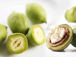Зеленые орехи на мясорубке перекрутила — о гастрите и язве забыла