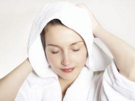 Вот что надо есть, чтобы остановить выпадение волос, увлажнить и укрепить их