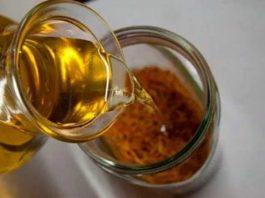 Что лечит мед с прополисом: целебная смесь от 100 болезней